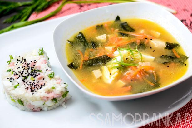 Мисо-суп с японским рисом