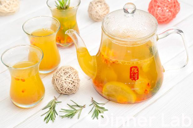 Облепиховый чай с лимоном и розмарином