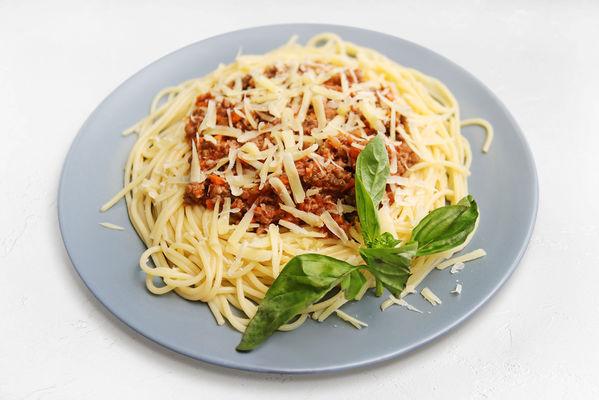Спагетти с классическим соусом Болоньезе